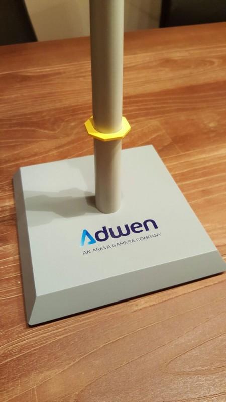 Adwen AD 5-135 / 5MW wind turbine generator offshore desk top model