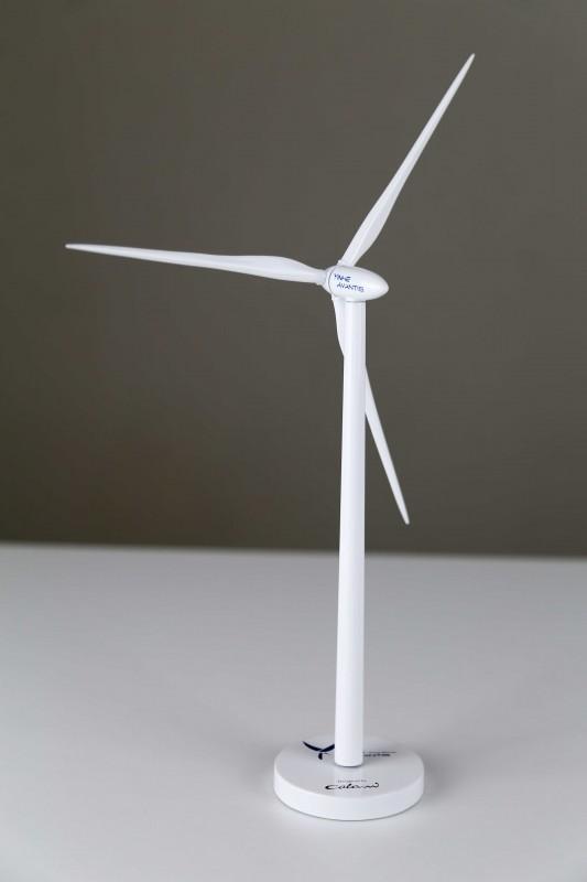Yinhe Wind Power Co., Ltd. / GX93-2.5MW / desk top wind turbine generator model